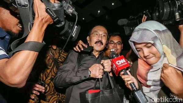 Fredrich Bantah BAP soal Minta Ajudan Bawa Novanto ke RS Medika