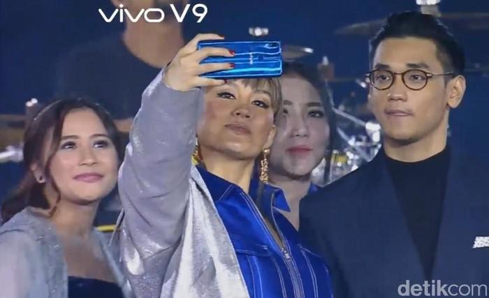 Peluncuran Vivo V9