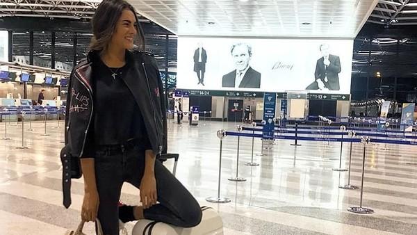 Fransesca berprofesi sebagai seorang model. Dia dan The Doctor mulai dekat sejak akhir 2017. Sebagai seorang model, Fransesca gemar traveling. (@fransescasofianovello/Instagram)