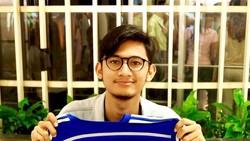 Ahmad Nabhan, dokter muda yang koas kini viral dan menjadi perbincangan di media sosial karena nyambi jadi driver ojek online. Seperti apa sosoknya? Yuk lihat!