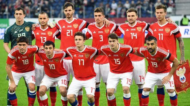 Timnas Rusia menghadapi Arab Saudi pada laga pembuka Piala Dunia 2018. (