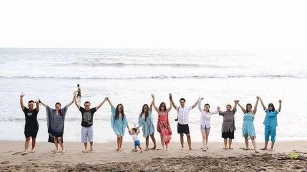 Longok Gaya Keluarga Anang-Ashanty Liburan Bersama