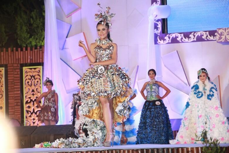 840 Koleksi Foto Penampakan Fashion Show HD Terbaru