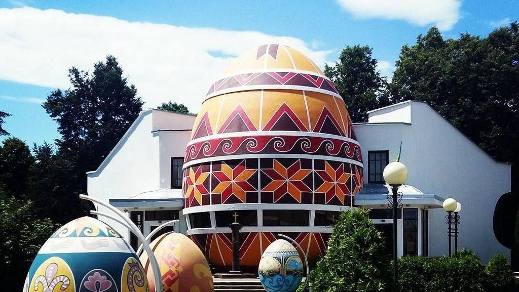 Pysanka, Telur Paskah Raksasa dari Ukraina