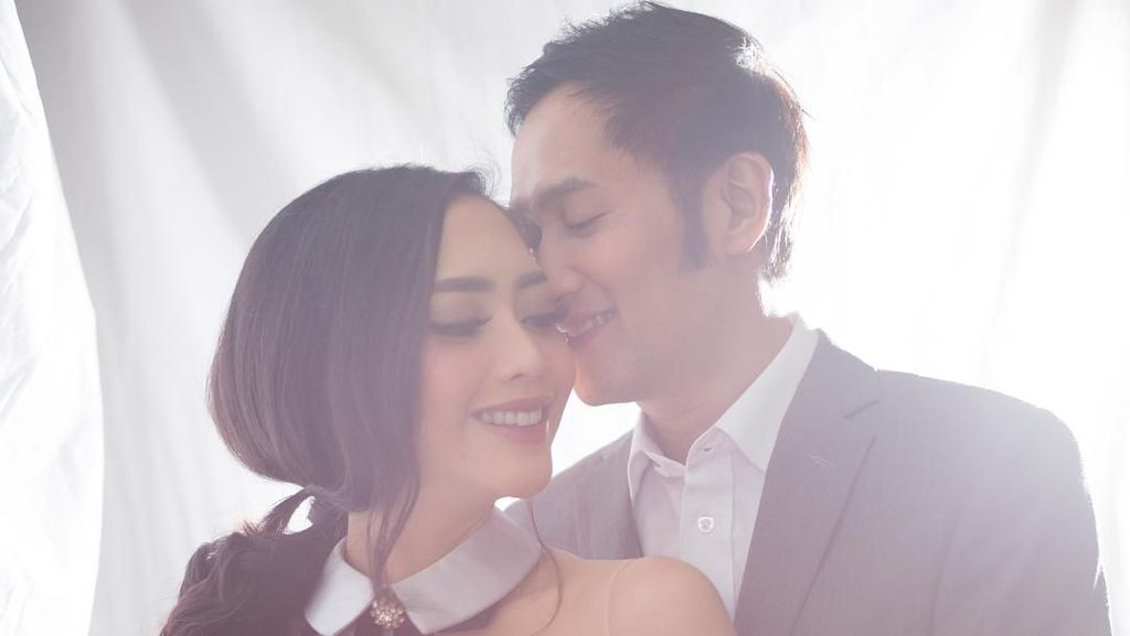 Isu Perceraian, Ririn Dwi Ariyanti dan Aldi Bragi Jadi Sorotan