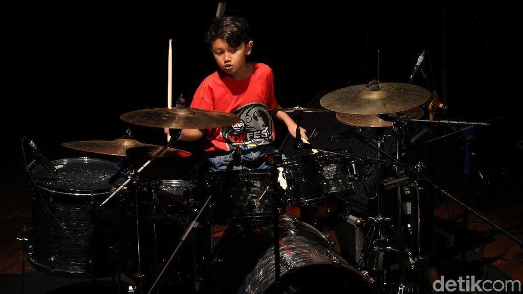 Kerennya Aksi Drumer Cilik di IDP Fest 2018