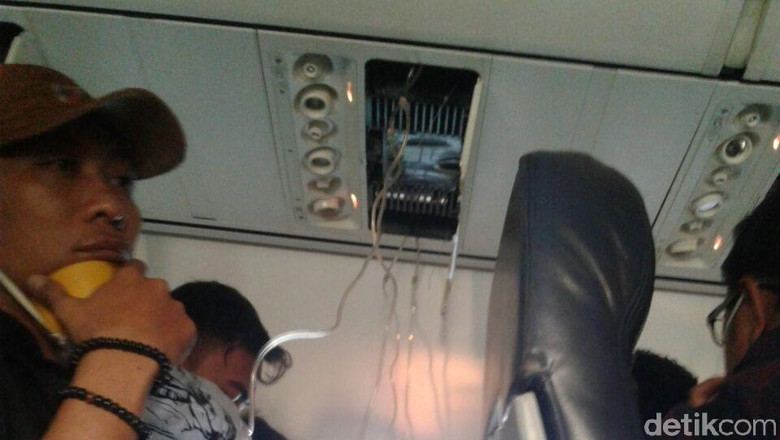 Cerita Paniknya Penumpang Saat Lion Air Mendarat Darurat
