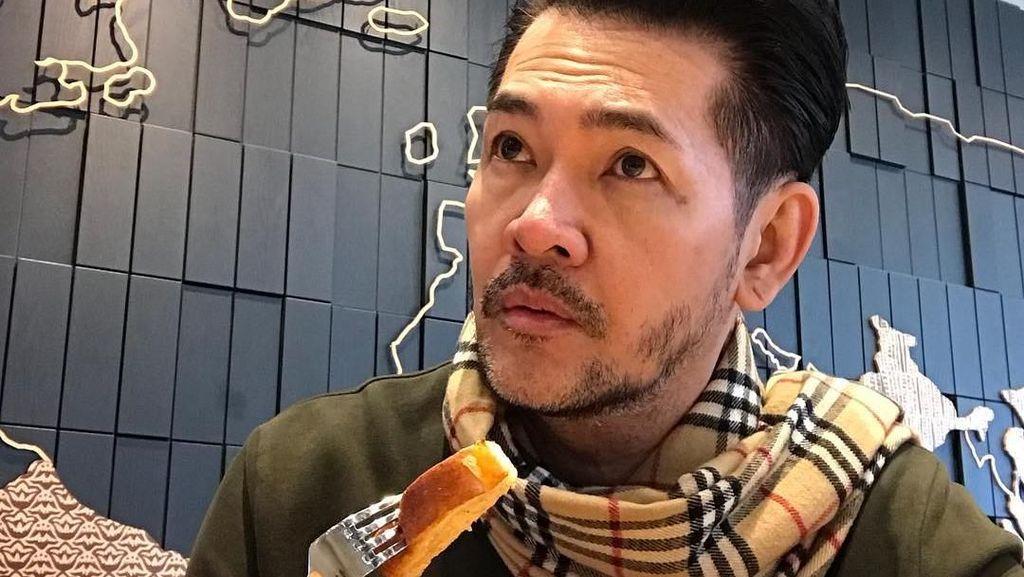 Lawakan Receh Khas Ferry Salim yang Bikin Cekikikan