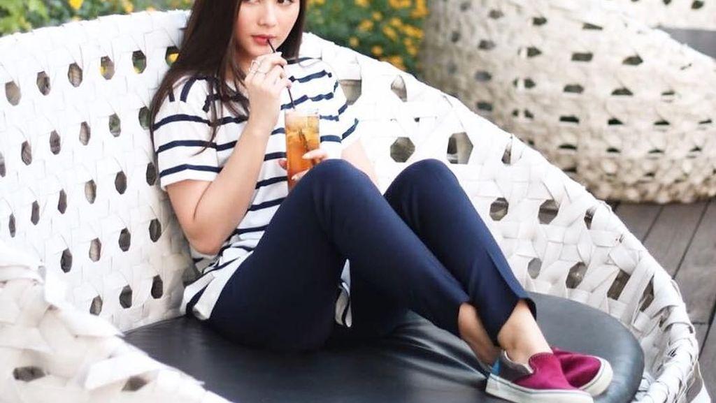 10 Foto Bukti Kalau Si Cantik Jessica Mila Hobi Banget Ngemil
