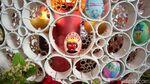 Foto: Uniknya Telur Paskah Rasa Indonesia di Katedral