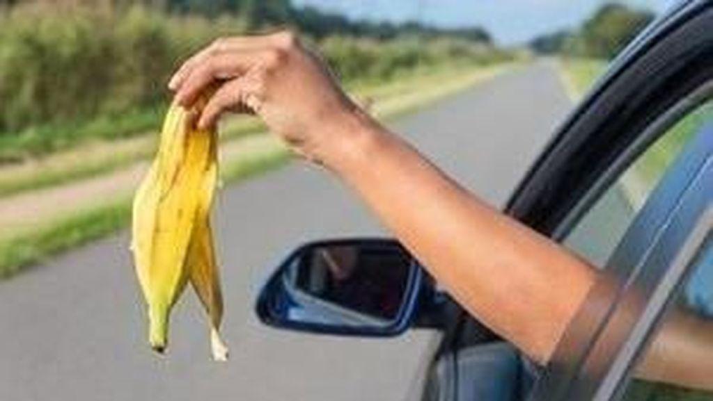 Buang Sampah Sembarangan dari Mobil di Inggris Bisa Didenda Rp 2,8 Jutaan