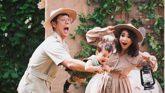 Serunya Pemotretan Keluarga Putri Titian dan Junior Liem
