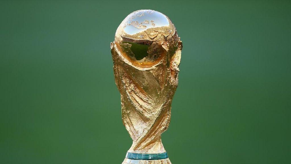 Yuk, Intip Pembuatan Trofi Piala Dunia di Italia