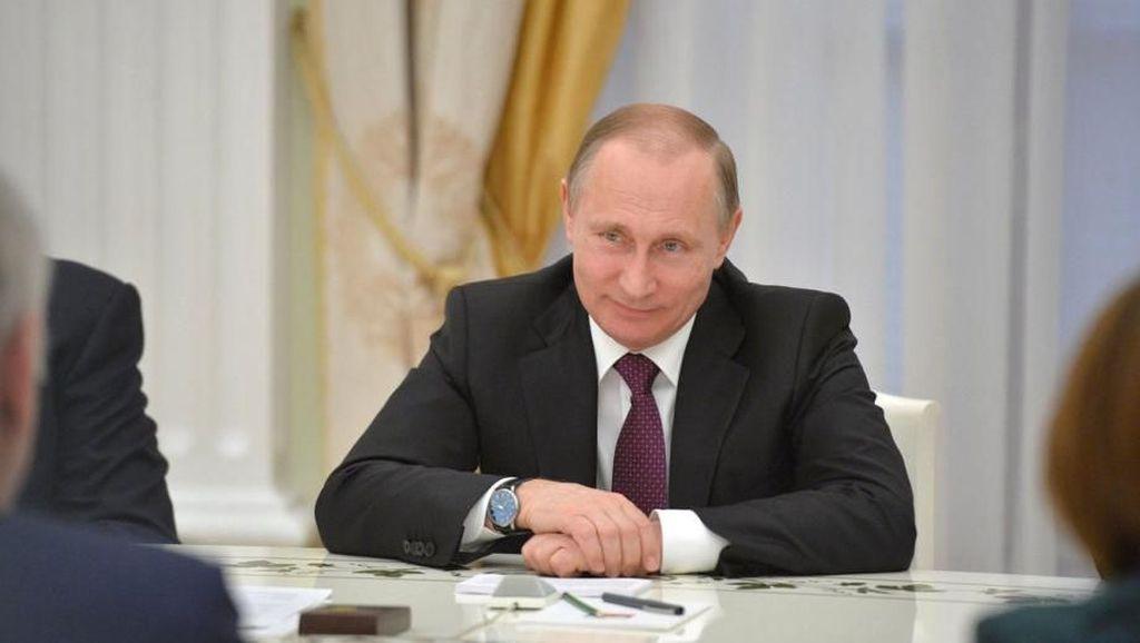 Video: Putin dan Ronaldo Cs Nongol di Pusat Kota Moskow