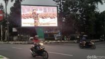Foto-foto Gatot dan Narasi Patriotik dalam Videotron di Malang