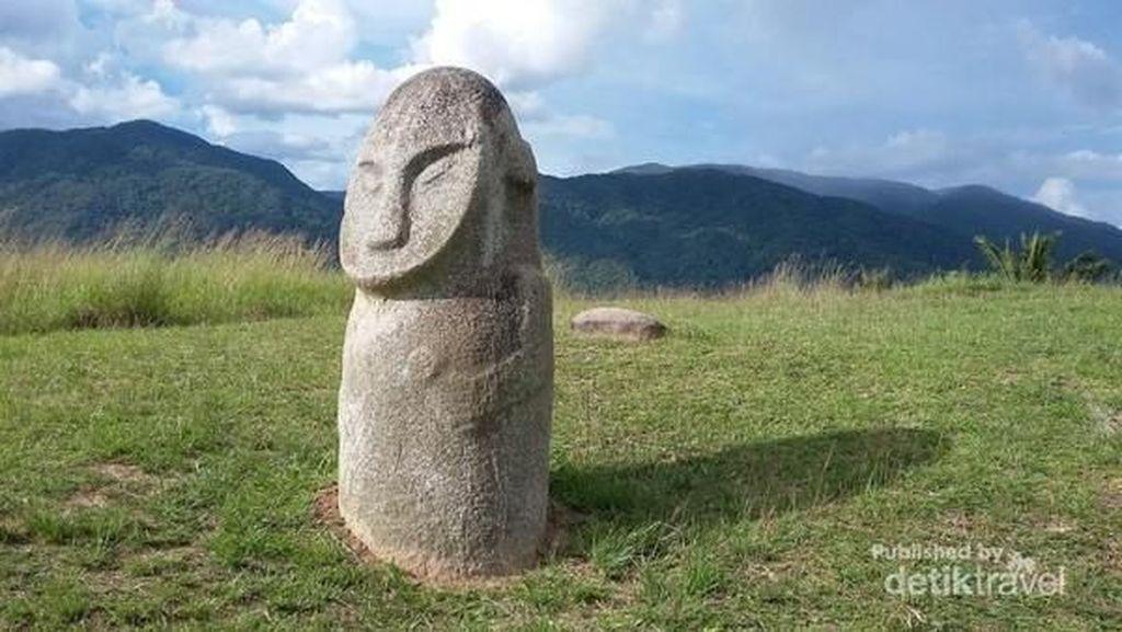 Foto: Keajaiban Patung Lore Lindu di Sulawesi Tengah