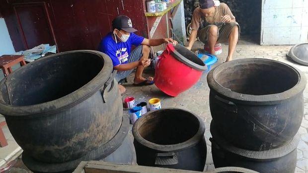 Resep Usaha Kerajinan Bak Sampah Saidah Bertahan Hingga 17 Tahun