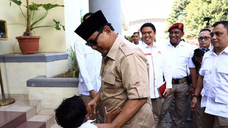 Prabowo Menanti Koalisi Segajah