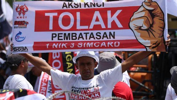 Didemo Penjual SIM Card, Operator Kompak Dukung Kominfo