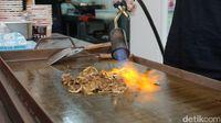 Bakaro Grill : Gurih Renyah Grilled Beef Bowl yang Dibakar Pakai Semburan Api