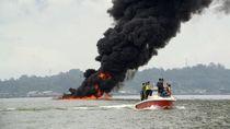 Kebakaran di Teluk Balikpapan, Polisi Cari Sebab Pipa Minyak Patah