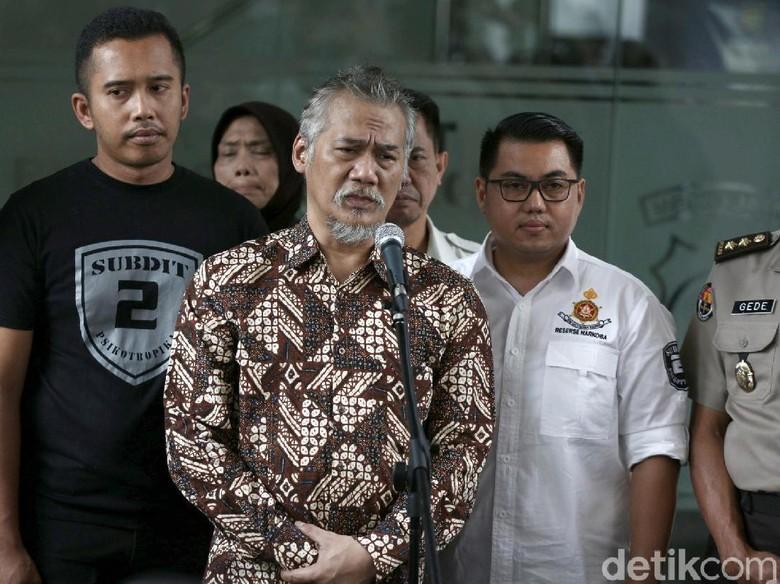 Tuntutan 6 Tahun Penjara dan Denda Rp 800 Juta untuk Tio Pakusadewo