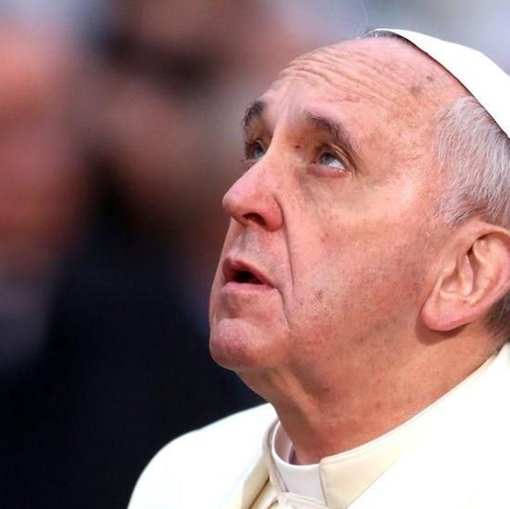 Paus Fransiskus Janji Gereja Tak Akan Tutupi Praktik Kekerasan Seks