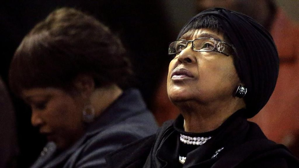 Sosok Winnie Ibu Bangsa yang 38 Tahun Dampingi Nelson Mandela
