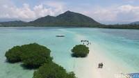 10 Pulau Cantik di Indonesia