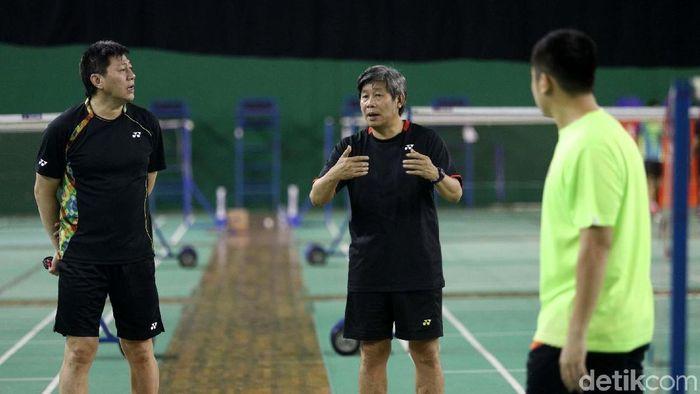 Herry Iman PIerngadi dipercaya lagi menjadi pelatih ganda putra pelatnas PBSI. (Grandyos Zafna/detikSport)