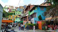 Salah satu sudut kota Medellin (Lucy Sherriff/CNN Travel)