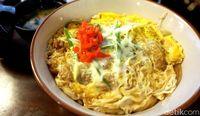 Malam Ini Enaknya Makan <i>Chicken Katsu</i> Renyah Plus Nasi Hangat