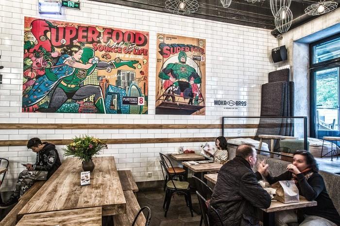 Terletak di Chaoyang Park Rd, kota Beijing, China. Moka Bros mengusung konsep kafe dan resto dengan menu Superfood atau makanan sehat. Foto: Istimewa