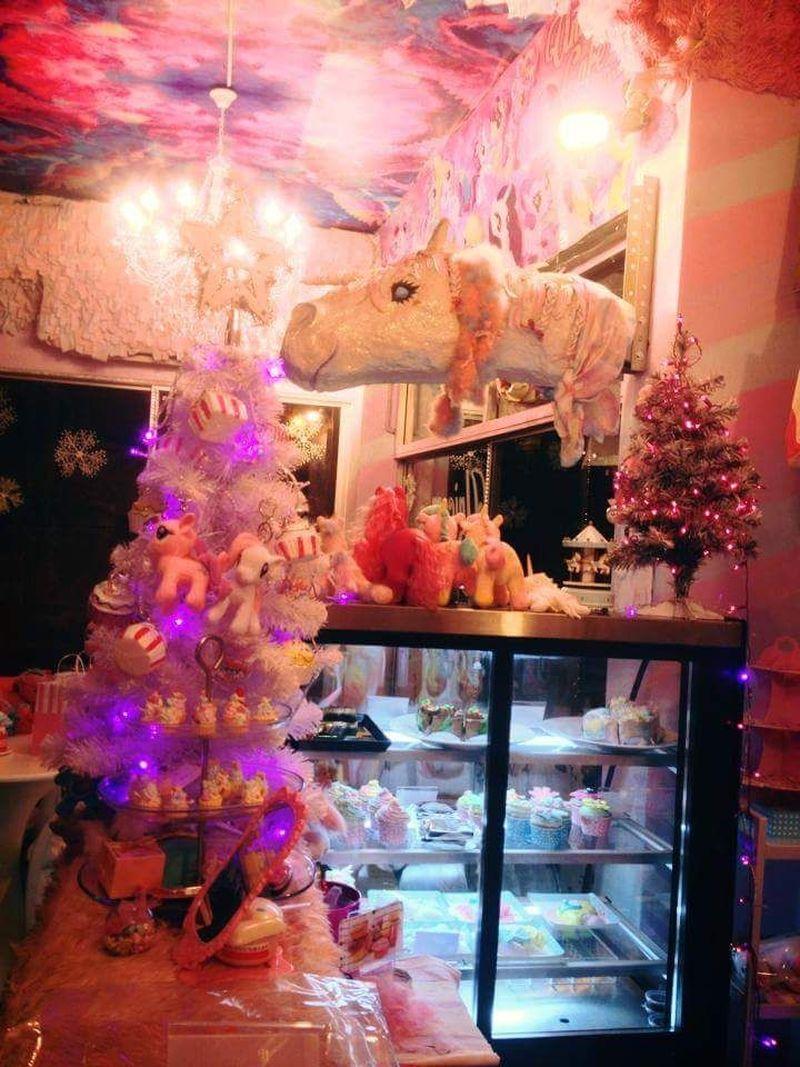 Inilah Unicorn Cafe, letaknya berada di Krung Thep Maha Nakhon, Bangkok, Thailand (Unicorn Cafe/Facebook)