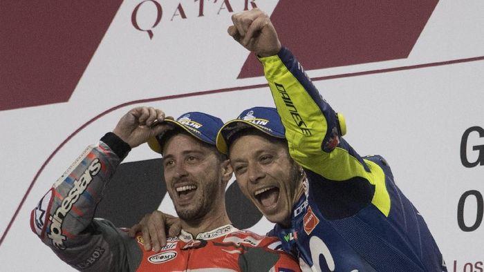 Andrea Dovizioso dan Valentino Rossi. (Foto: Mirco Lazzari gp/Getty Images)