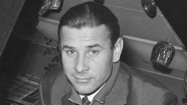 Kiper legendaris dunia dari Uni Soviet, Lev Yashin. (