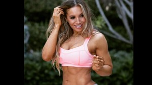 Hourglass Workout, Olahraga Membentuk Tubuh Idaman Ala Lyzabeth Lopez