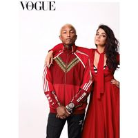 Pharrell Williams Mendadak India, Pose Bareng Aishwarya Rai di Vogue