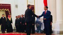 Jokowi Terima Surat Tugas 11 Dubes dari Rusia hingga Korsel