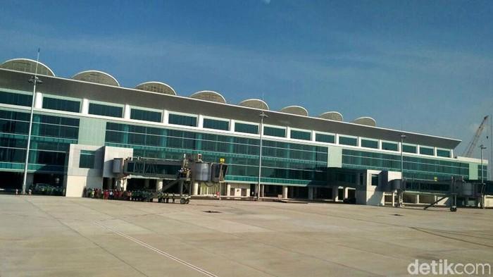 Pembangunan Bandara Internasional Jawa Barat (BIJB) Kertajati terus dikebut. Rencananya, bandara ini juga akan digunakan untuk penerbangan jamaah haji.