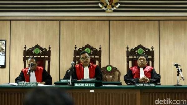 Ini Pertimbangan Hakim Putuskan Ahok-Vero Cerai