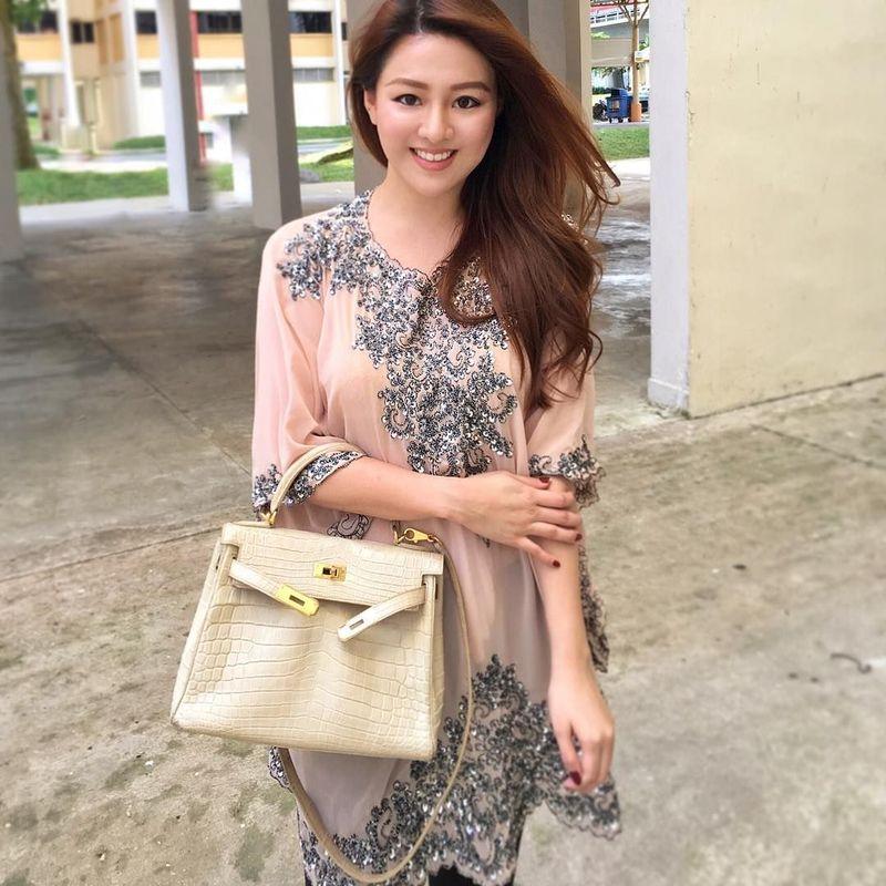 Namanya Pamela Ardana, gadis cantik asal Magelang ini jadi perhatian karena punya koleksi tas Hermes yang harganya miliaran. Pamela sendiri berbisnis sejak usia 20 tahun, dia juga suka jalan-jalan. (Pamela Ardana/Instagram)