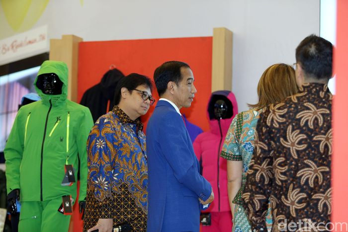 Pada kesempatan tersebut, Presiden menyampaikan optimismenya terhadap peluncuran Making Indonesia 4.0 yang akan berdampak positif terhadap Indonesia.