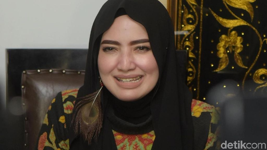 Opick Ngaku Sudah Menceraikannya, Yulia Mochamad: Sudahi Drama Ini!