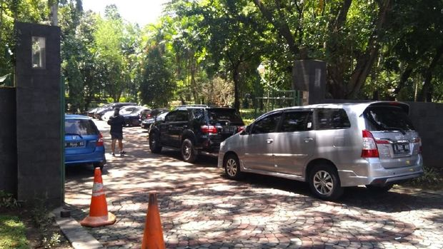 Lokasi mobil Ratna yang diderek