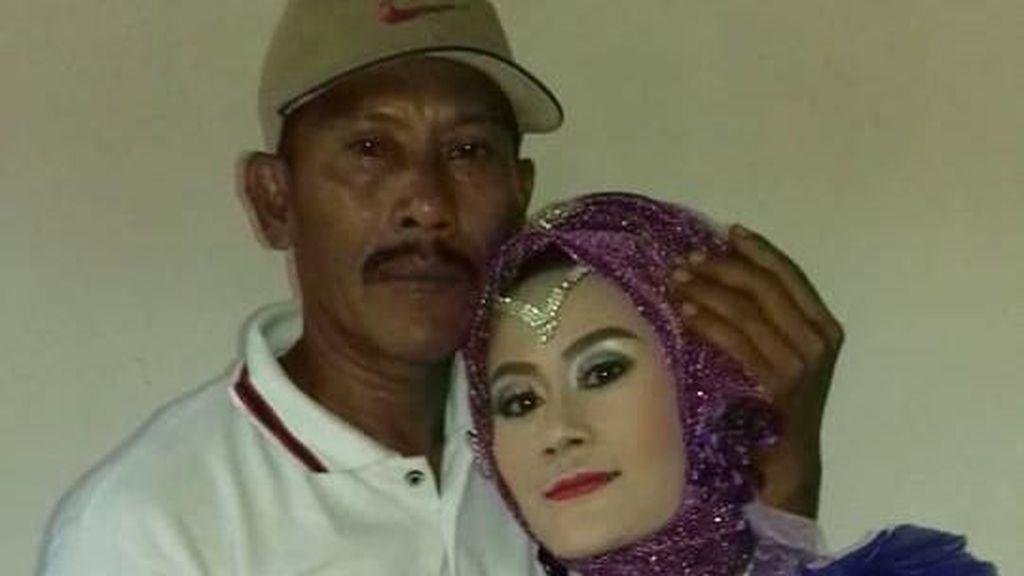 Viral, Kisah Haru Wanita Lampung Pertama Kali Bertemu Ayah Saat Menikah