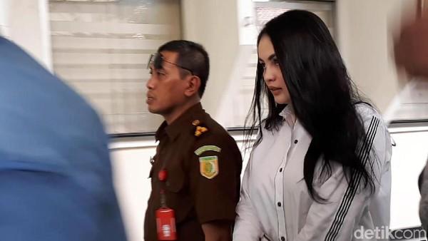 Sudah Dinikahi Faisal Haris, Jennifer Dunn Gerah Masih Dicap Pelakor