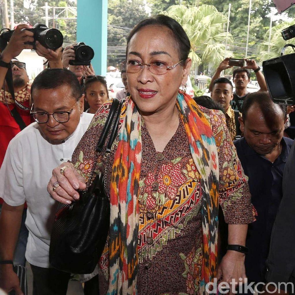 Kasus Puisi Ibu Indonesia Digugat Praperadilan, Pengacara: Ngawur