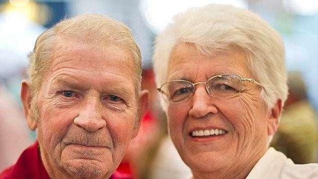 Setelah bercerai 50 tahun lalu, Harrold dan Lillian memutuskan untuk menikah lagi.