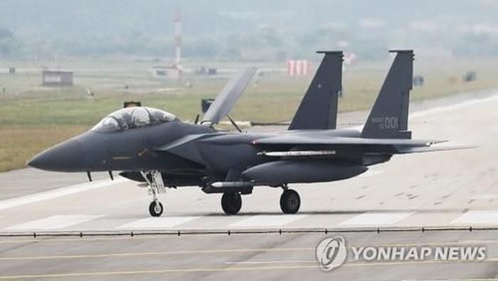 Jet Tempur F-15K